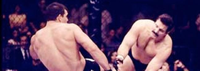 1268896215_Severn-Rizzo-UFC-27.jpg