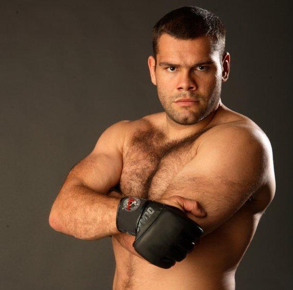 Former UFC heavyweight contender