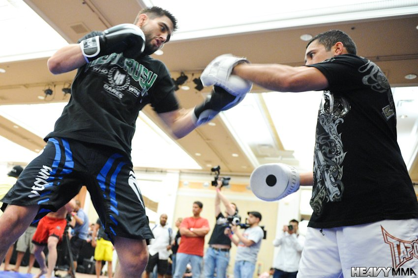 Carlos Condit UFC 132 Openworkouts-3
