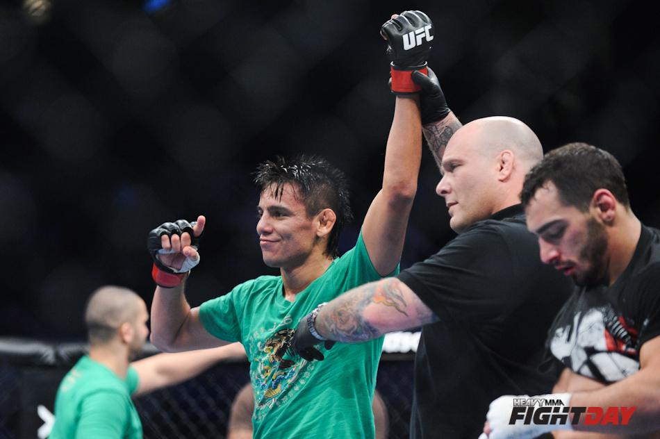 UFC 139 Miguel Torres vs.  Nick Pace-6