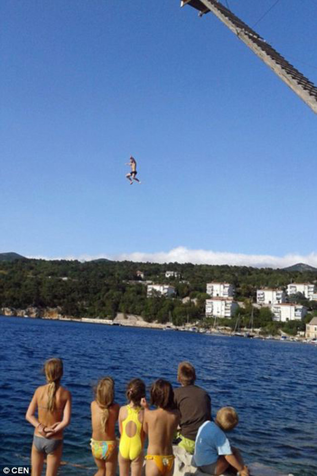 Belly Flop in Air
