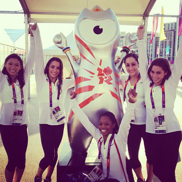 US Women's Gymnastics Team with London Olympics Mascot