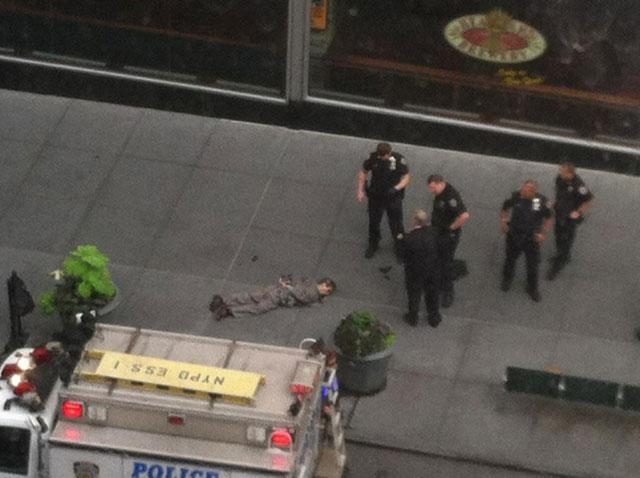 empire state building shooting gunman
