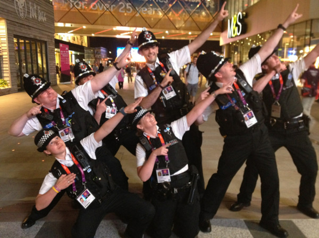 Police Tribute to Usain Bolt Victory Stance