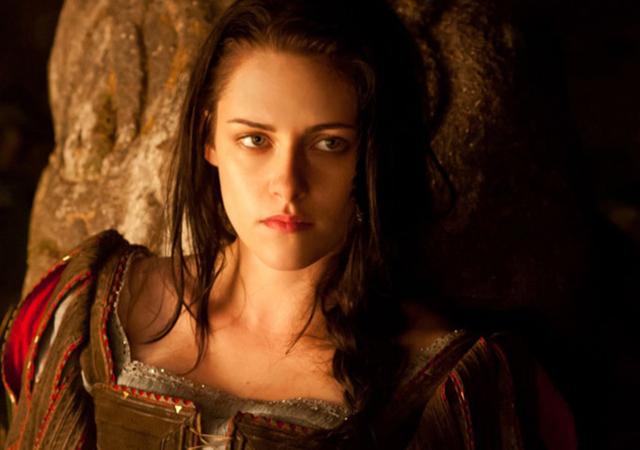 Kristen Stewart dumped from Snow White Sequel