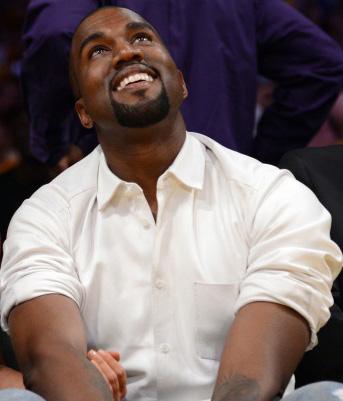 Kanye Looking At Kim Kardashian Sex Tape