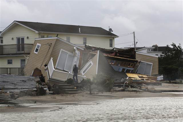 breezy point fire hurricane sandy NYC photos water