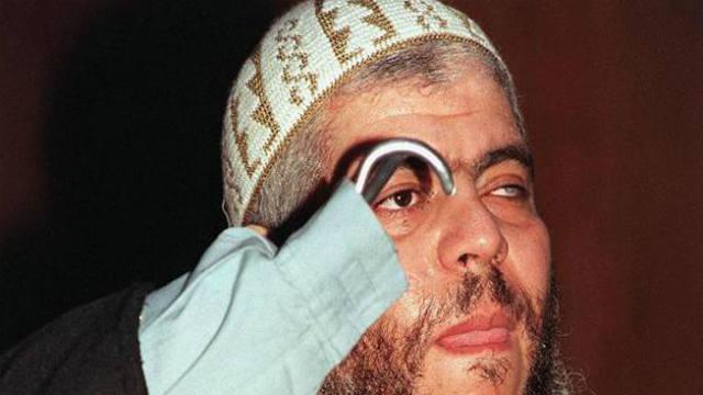 Abu Hamza al-Masri, Mustafa Kamel Mustafa, terrorist, prosthetic hands, prison