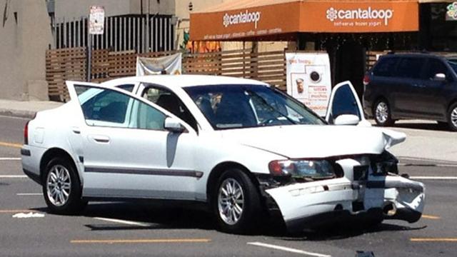 mayim bialik divorce car crash
