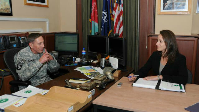 Paula Broadwell, Gen. David Petraeus, mistress, top 10, affair, biographer