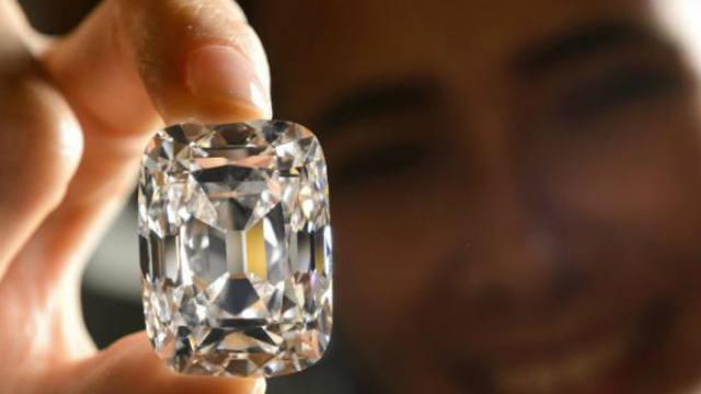 Lebanon, South Africa, diamonds, smuggler