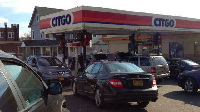 Gas Shortage Dominate Among Hurricane Sandy Aftermath Problems