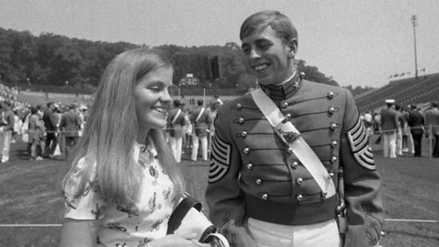 Gen. David Petraeus, military, affair, Paula Broadwell