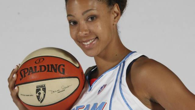 Jennifer Lacy, Chamique Holdsclaw, WNBA