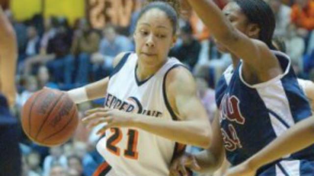 Jennifer Lacy, WNBA, Chamique Holdsclaw, attack arrest