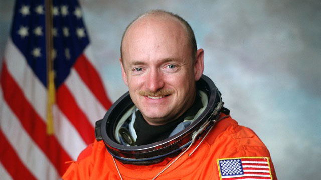 Mark Kelly speaks at Jared Loughner sentencing
