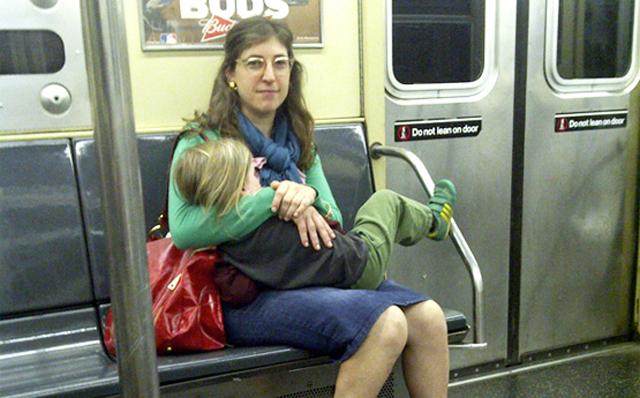 mayim bialik divorce breast feeding