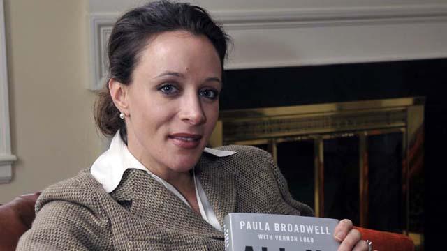 Paula Broadwell, David Petraeus.