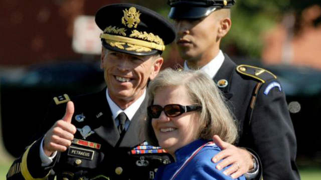 Paula Broadwell, Gen. David Petraeus, affair, mistress