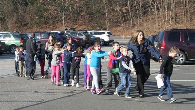 school shooting sandy hook elementary newtown connecticut