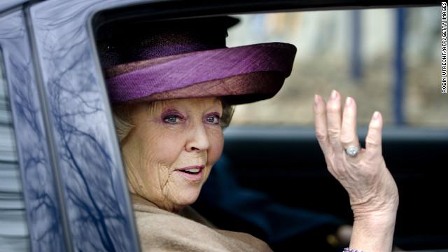 Queen Beatrix, Beatrix of Netherlands, Queen Beatrix Renounces Her Throne