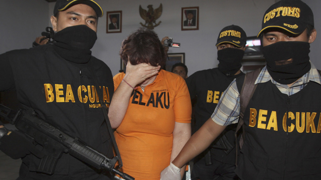 Lindsay Sandiford searched by customs after arrest for smuggling cocaine into Bali