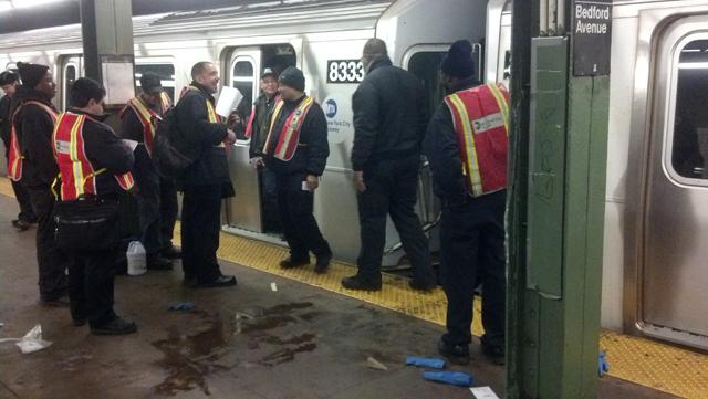 woman struck by subway L train Williamsburg