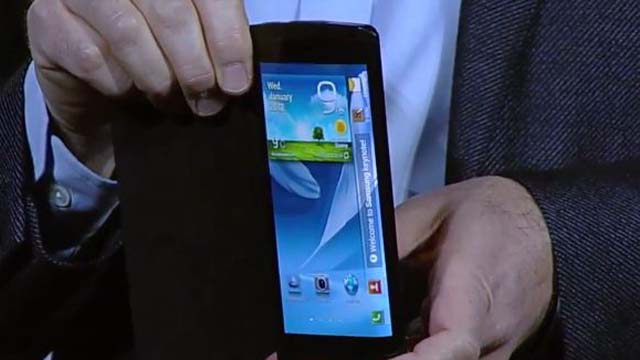Samsung's Bendable Phone CES 2013
