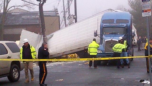 NJ Transit train hits tractor-trailer