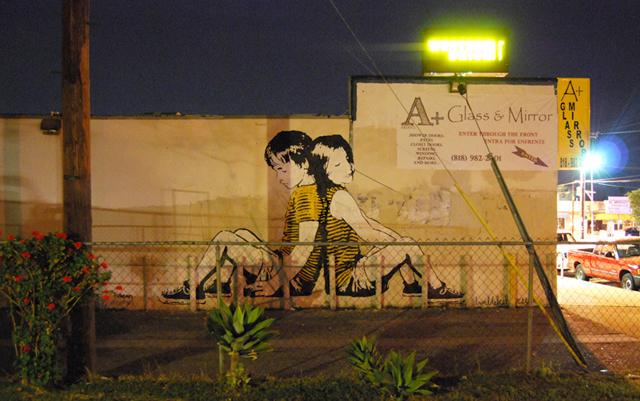 Bumblebee street art