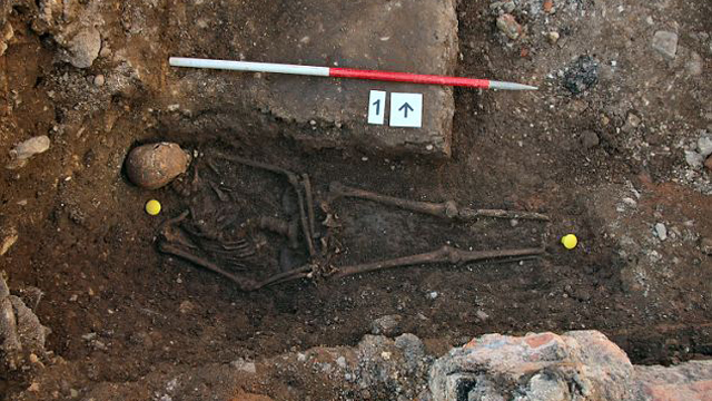 King Richard III remains confirmed found under Leicester car park
