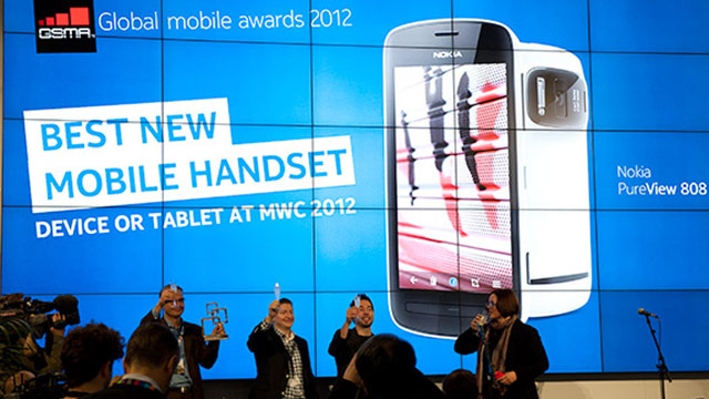 nokia-808-pureview-best-handset-mwc-2012_1335965855