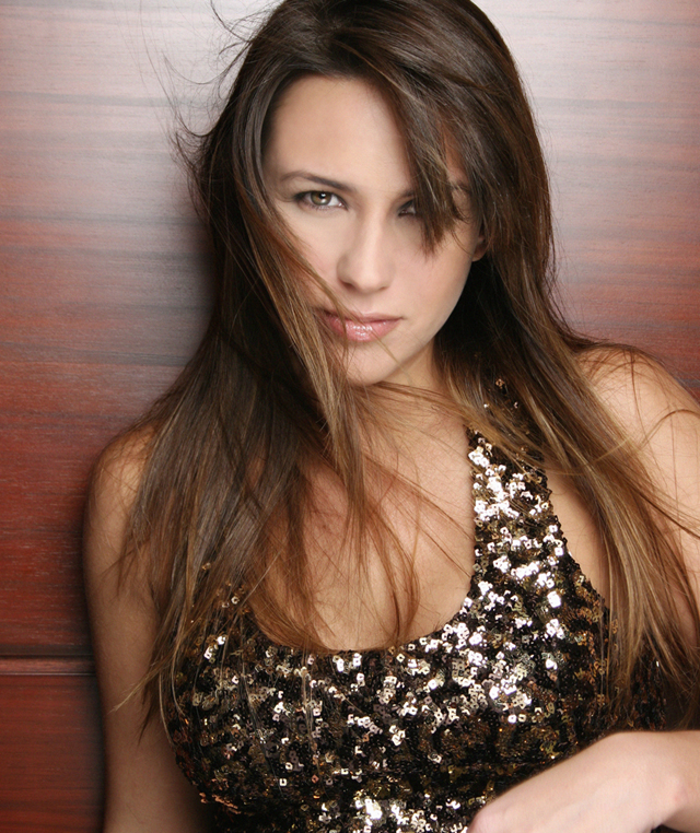 Capriles' Ex-Girlfriend Erika de la Vega