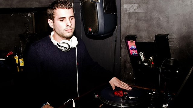 Julian Cavin DJ
