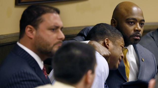 Judge removes ex-Steubenville athlete convicted of rape