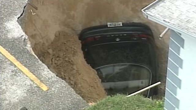 Florida Sinkhole Tampa Sinkhole Man missing sinkhole