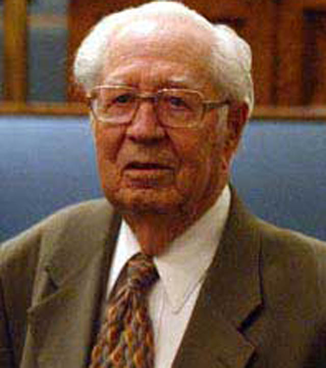Eldred G. Smith, Mormon Patriarch dies.