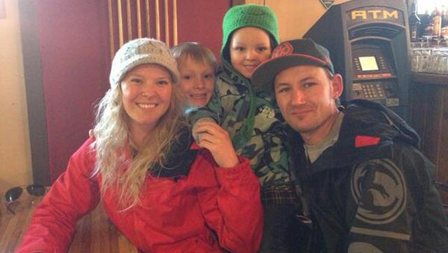 Elliott Neese's Wife and Kids