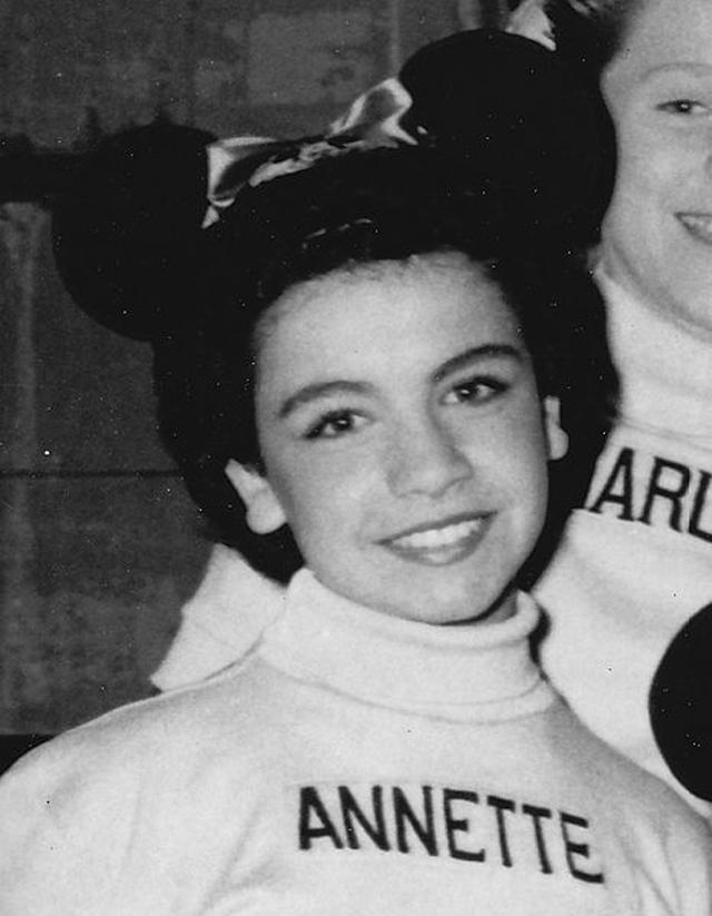 Annette Funicello dies, Annette Funicello dead, Frankie Avalon co-star dies.
