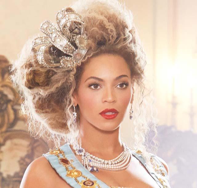 Beyonce, Beyonce Baby Bump, Facebook