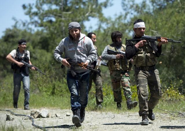 Rebels Syria Fighting training