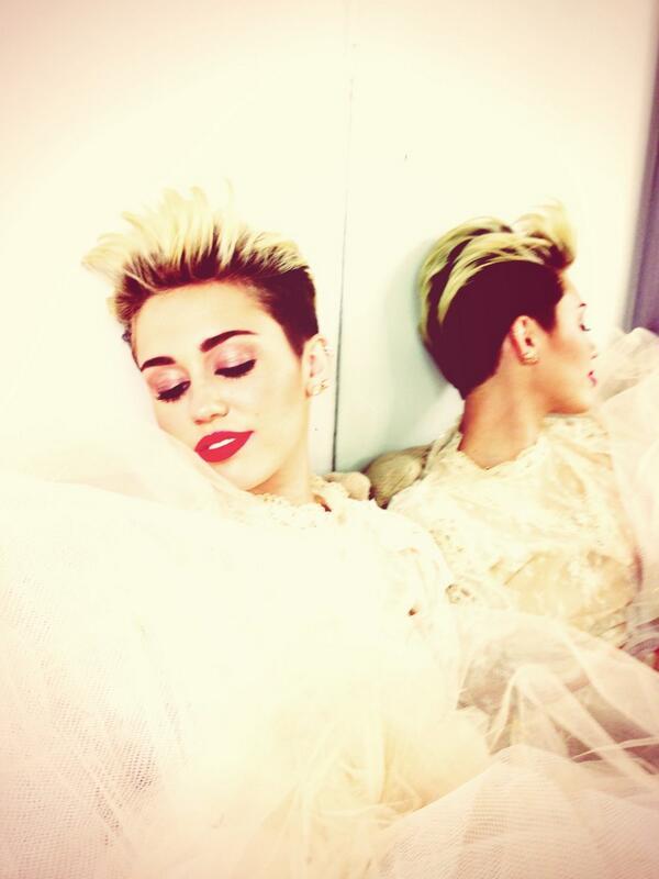 Miley Cyrus, Miley Cyrus break up, Liam Hemsworth
