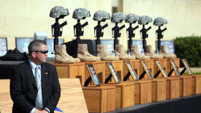 The memorial for the Ft. Hood shooting victims (Getty Images)