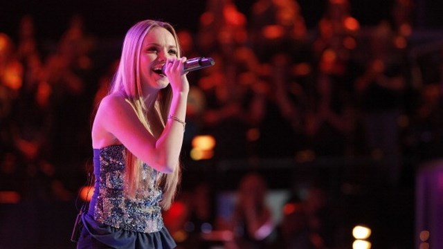 Danielle Bradbery The Voice Winner