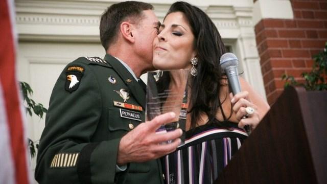 David Petraeus and Jill Kelley (Getty Images)
