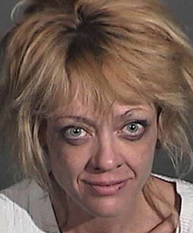 Lisa Robin Kelly, That 70's Show, Arrested, DUI
