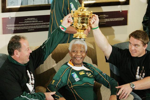 Springboks Visit Nelson Mandela In Houghton