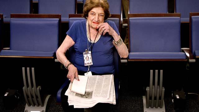 Helen Thomas journalist reporter white house dies died dead tweets Twitter