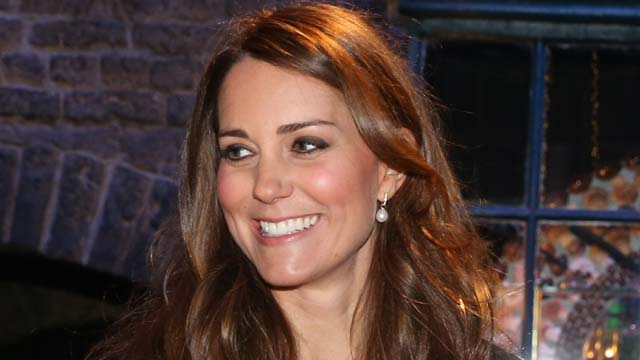 Kate Middleton, Labor, In Labor, Contractions, Hospital, Security, Prince William, Duchess of Cambridge, Royal Family, Royal Baby