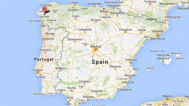 Spain Train Derail Compostela Explosion